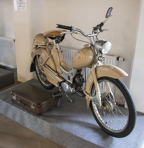 Simson Schul motorkerékpár Szerencsen