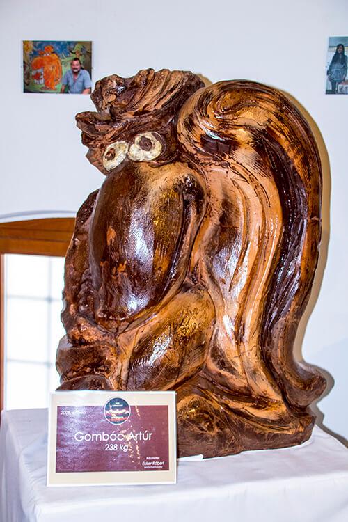 Gombóc Artúr csokoládészobor kiállítás