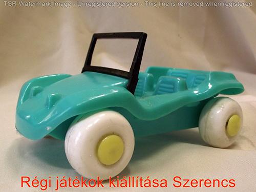 Buggy műanyag autó