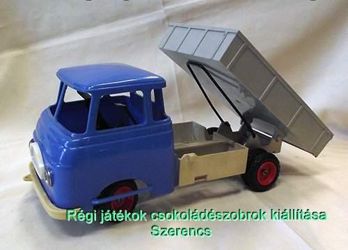 DDR Robur teherautó