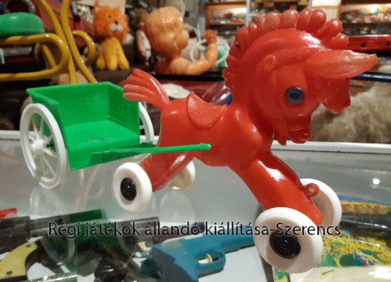 kisipari fröccsöntött műanyag játék